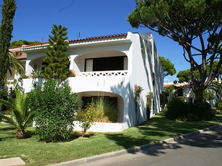 Vale do Lobo Villa Sleeps 6 with Air Con - 5607841