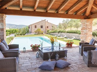 5 bedroom Villa in Petroro, Umbria, Italy : ref 5540587