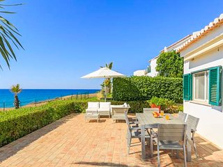 Vale do Lobo Villa Sleeps 6 with Air Con and WiFi - 5607833