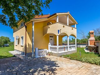 3 bedroom Villa in Šikići, Istria, Croatia : ref 5609023