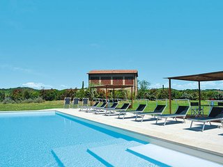 2 bedroom Apartment in Palaia, Tuscany, Italy : ref 5446768