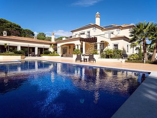 5 bedroom Villa in Quinta do Lago, Faro, Portugal : ref 5607964