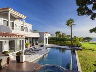 4 bedroom Villa in Vale do Lobo, Faro, Portugal : ref 5607873