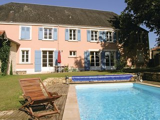 6 bedroom Villa in Bourneau, Pays de la Loire, France : ref 5542995