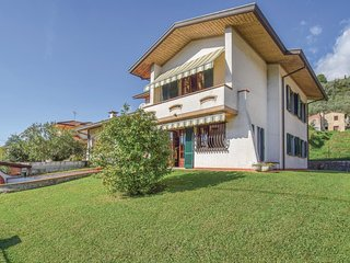 4 bedroom Villa in Nocchi, Tuscany, Italy : ref 5609394