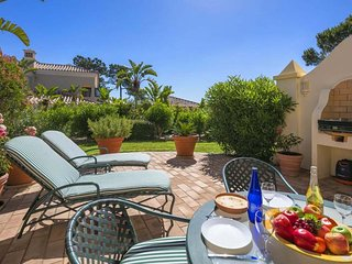 3 bedroom Villa in Quinta do Lago, Faro, Portugal : ref 5608010