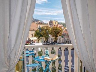 2 bedroom Apartment in Pietrasanta, Tuscany, Italy : ref 5609406