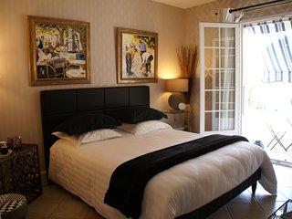 Chambre d'Hôtes 'Les Volets Bleus' - charme et qualité - très calme - plage