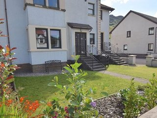 Ben Arthur Place 9 - Sleep 2 - Comfortable apartment in Lochgoilhead village