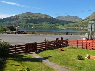 Armadale Cottage - 2 bedroom cottage with garden and loch view