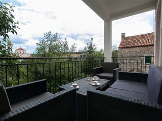 New luxury apartment, old town Makarska center, 1 Bedrooms, 2+1 Persons, WiFi