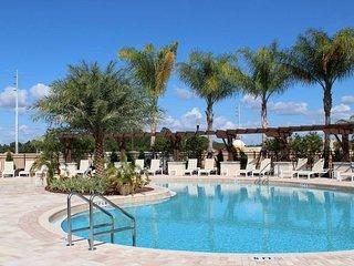 7 min to Disney amazing home resort style SPL966