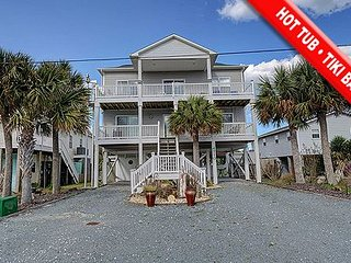 Barnacles Cove - 4BR Oceanview House in North Topsail Beach with Hot Tub