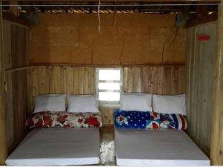 Ly Ta Dhan Homestay (Single Room 1)