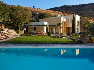 Villa Theodora your luxury magnificant place in the sun