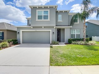 Large 8 Bedroom Porperty Close To Disney On Gated