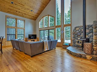 NEW! 'Viking Lodge' Steps to Tahoe Donner Downhill