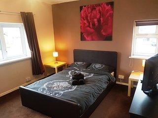 Luxurious Spacious Modern 2 Bed Apartment; Poulton Le Fylde, Blackpool