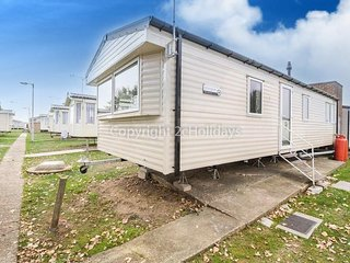 6 berth caravan with D/G and C/H at Seawick Holiday Park. In St Osyth. REF 27157