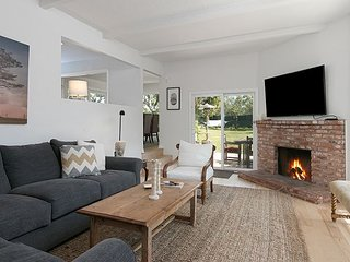 Private 4BR Malibu Escape on Gated & Fenced 1-Acre - Walk to Zuma Beach