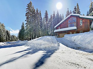 Charming 3BR Home w/ Finnish Sauna & Hot Tub – Near Northstar & Kings Beach