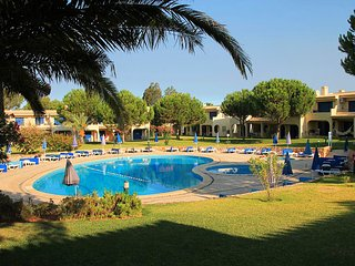 WONDERFUL ONE BEDROOM APARTMENT, QUIET AND RELAXING COMPLEX WITH 5 SWIMMING POOL