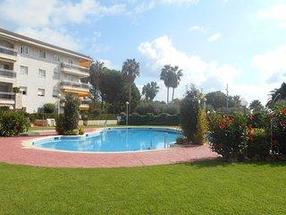 100B Edif. Olimpic, 1º linea de playa, piscina, a/c, terraza, parking