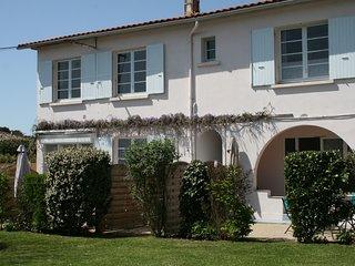 Saint Palais Sur Mer, Location à 100m de la mer (appartement 3)