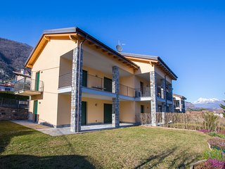 Lenno Apartment Sleeps 4 with Pool Air Con and WiFi - 5841392