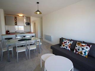 0077-GRAN RESERVA Apartamento con piscinas comunitarias
