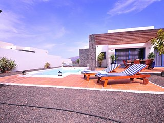 Villa Bellavista A5 with private heated pool, wifi, air conditioner, etc ...