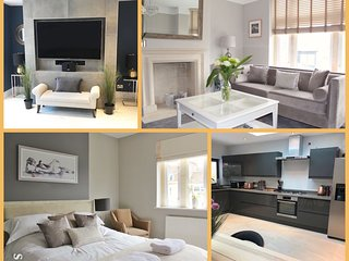 New! Luxurious Central House with free Parking, sleeps 11.