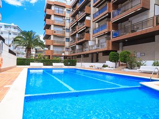 UHC CASALMAR 056: Centrally located apartment with communal pool. Enjoy it!