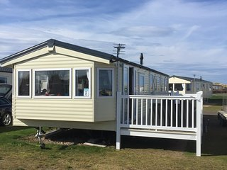 Sienna Breeze - 3 Bedroom Caravan (8 berth) - Silver Sands, Lossiemouth, Moray