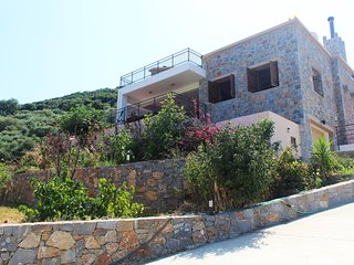 Peaceful Secluded Villa 'Daphne' |Hersonissos