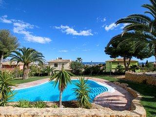Apartamento con AC y piscinas *Golf Bahía