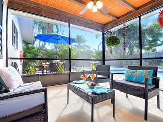Villa Paradiso near PGA Blvd with a large private pool
