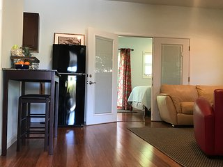Kailua Beach Hideaway, SPACIOUS 1b/1b, minutes to World Famous Kailua Beach