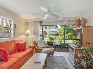 Spacious, family-friendly condo w/ shared pool, tennis, & basketball