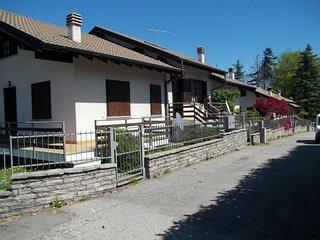 casa Viola sulle alture del Lago Maggiore