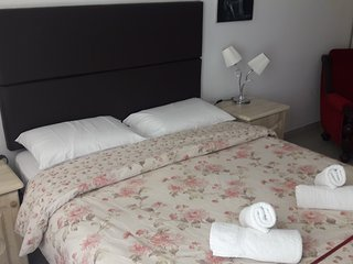 Romantic Room with Teracce just 2min from the Sea