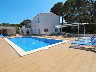 5 bedroom Villa in Mas Pinell, Catalonia, Spain : ref 5435572