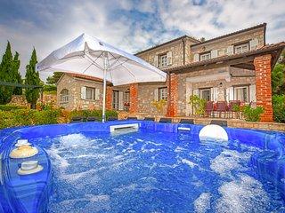 4 bedroom Villa in Sveti Lovreč Pazenatički, Istria, Croatia : ref 5610399