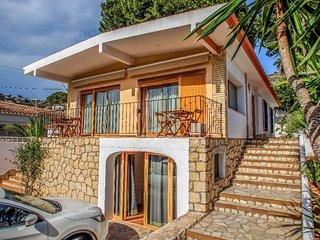 Pedro 6 - two story holiday home villa in El Portet