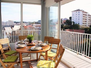2 bedroom Apartment in Biarritz, Nouvelle-Aquitaine, France : ref 5028974