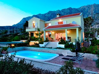 4 bedroom Villa in Puharici, , Croatia : ref 5505066