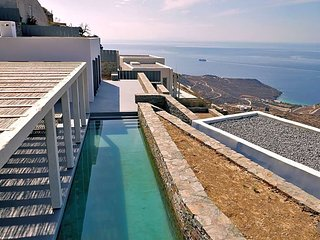 3 bedroom Villa in Kardianí, South Aegean, Greece : ref 5608596