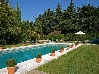 3 bedroom Villa in Eygalieres, Provence-Alpes-Cote d'Azur, France : ref 5610378