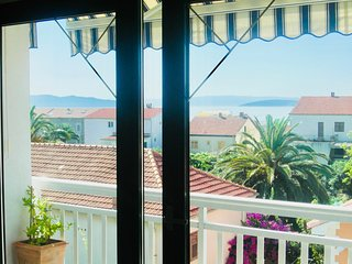 Apartments Ruza 8 - Studio, free Wi-Fi, balcony with seaview, beach: 250 metres