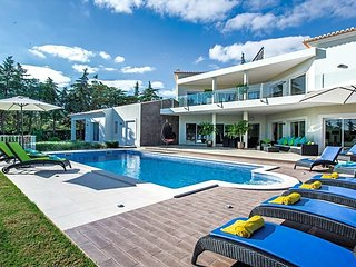 6 bedroom Villa in Carvoeiro, Faro, Portugal : ref 5433485